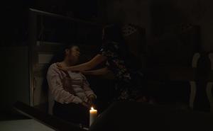 Hồng Vân, Hồng Đào ôm nhau khóc lúc 3h sáng