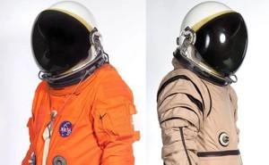 Lý giải nguyên nhân bộ đồ du hành vũ trụ có 2 màu cam và trắng