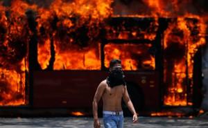 """24h qua ảnh: Biểu tình """"rực lửa"""" ở Venezuela"""