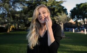 Bị bỏng nặng ở tuổi 16, cô gái Pháp quyết tâm tìm lại ý nghĩa cuộc đời