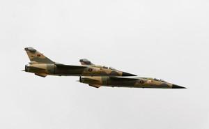 """Chiến sự Libya căng thẳng: Nhiều ông lớn """"ném đá giấu tay""""?"""