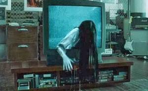 """Chuyện kinh dị thời công nghệ: Chiếc TV bị """"ma ám""""?"""