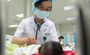 """Bác sĩ BV Nhi TƯ cảnh báo: Tổn thương gan, hại não do dùng """"thần dược"""" giúp trẻ tăng cân"""