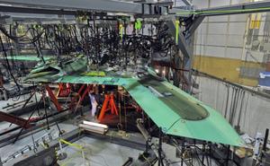 """RQ-170 và RQ-4 đã lỗi thời: UAV """"Ngôi sao đen"""" của Mỹ thừa sức qua mặt phòng không Iran?"""