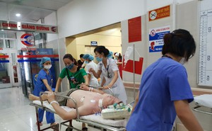 Đã có trường hợp người tử vong vì sốc nhiệt: BS viện 108 hướng dẫn cách sơ cứu
