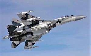 """Tiêm kích Su-35 - """"Vua"""" tác chiến trên không"""