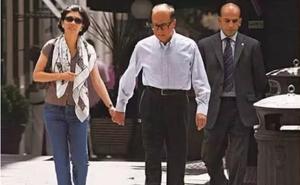 """""""Bóng hồng"""" của tỷ phú giàu nhất Hong Kong: 27 năm không danh phận, U60 vẫn không rời bỏ"""