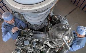 Gây tranh cãi, Mỹ vẫn không ngừng nhập động cơ tên lửa từ Nga
