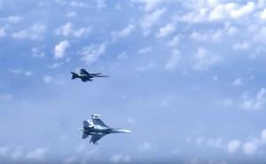 Tiêm kích Su-27 Nga truy đuổi F-18 NATO áp sát máy bay chở Bộ trưởng QP Sergei Shoigu