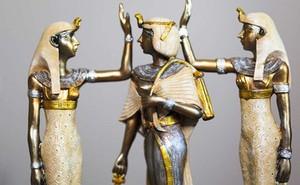 Đã tìm ra được loại nước hoa Nữ hoàng Cleopatra đặc biệt yêu thích