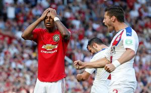 """Điều kỳ lạ tại Man United: Càng dồn ép đối thủ, lại càng không biết """"kết liễu"""" thế nào"""