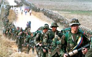 """Du kích FARC tuyên chiến: Chính phủ Colombia phản ứng """"yếu ớt"""" bằng lệnh bắt của tòa án?"""