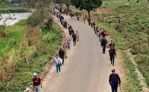 Dân quân Venezuela với 500.000 khẩu súng trường áp sát biên giới Colombia: Chiến tranh cận kề?