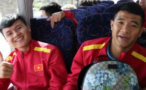 HLV Park Hang-seo mời cả đội đi ăn nhà hàng sau chiến thắng trước Yemen