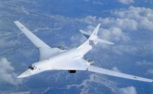 """Tổng thống Nga Putin hài lòng về """"Thiên nga trắng"""" Tu-160M2"""