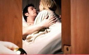 Những hành động này của bạn vô tình đẩy chồng đi ngoại tình mà không biết