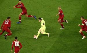 Bức ảnh gây sốt sau trận Liverpool - Barca và đây là lời kêu gọi khẩn thiết của các fan hâm mộ Messi tới cộng đồng mạng
