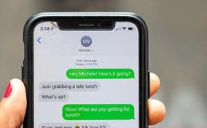 Vì sao tin nhắn trên iPhone cái thì xanh lá, cái lại xanh dương?