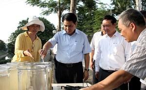 Chủ tịch Hà Nội Nguyễn Đức Chung kiểm tra xử lý ô nhiễm sông Tô Lịch