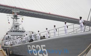 Trung Quốc làm gì với tàu chiến đã loại biên?