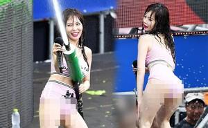 HyunA bị chỉ trích vì ăn mặc, tạo dáng phản cảm tại lễ hội