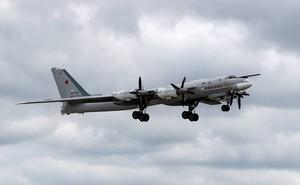"""""""Quái vật"""" ném bom kinh khiếp của Nga vừa tung cánh đã khiến đối thủ lo sợ?"""