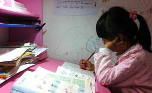 Bi kịch đau lòng của cô bé 8 tuổi bị mẹ ép học quá nhiều sau mẩu giấy 'Mẹ ơi, con mệt quá. Con ngủ một lát mẹ nhé!'