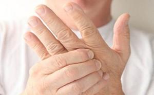 18 nguyên nhân gây tê đầu ngón tay