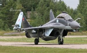 [ẢNH] Nga thay đổi vị trí đóng quân của MiG-29K, dấu chấm hết cho tàu sân bay Đô đốc Kuznetsov?