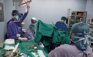 Cảnh báo: Bị hoại tử vùng cơ hậu môn và tầng sinh môn vì tự ý dùng thuốc nam để chữa trĩ