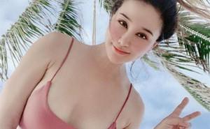 """Cô gái gốc Việt gây náo loạn khi khoe ngực khủng để tuyển chồng với chỉ 1 câu đơn giản, dân mạng tìm ngay ra """"thuyết âm mưu"""" phía sau"""