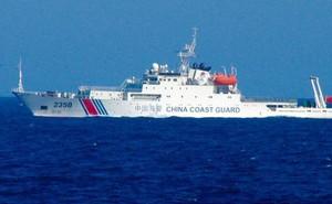 """Phản ứng """"không ngờ"""" của Philippines khi tàu chiến TQ ngăn lại gần Scarborough"""