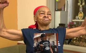 Đột nhập nhầm nhà của lực sĩ cử tạ 82 tuổi, người đàn ông bị cụ bà đánh cho xây xẩm mặt mày
