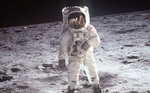1001 thắc mắc: Kinh dị thế nào nếu ra ngoài vũ trụ mà không mặc đồ bảo vệ