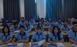 Nội quy cấm sinh viên cạo đầu trọc đến trường: Chuyên gia nói gì?