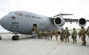 """Đặc nhiệm Mỹ sơ tán trước sức tấn công mãnh liệt của """"lính người Nga"""""""