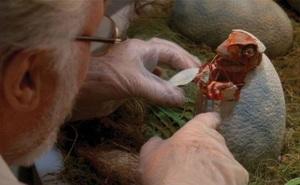 Làm thế nào để hồi sinh một con khủng long cách đây 65 triệu năm?