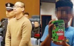 """Con gái bị bạn học tấn công vào mắt, ông bố đau lòng cầm dao """"truy sát"""" nam sinh 10 tuổi trong nhà vệ sinh"""