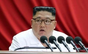 """Không khí đón năm mới chùng xuống trước """"lời nhắn nhủ"""" đáng sợ của ông Kim Jong-un gửi tới Mỹ"""