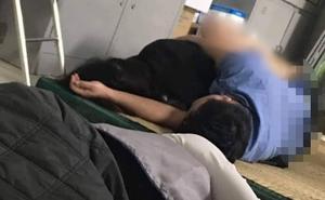 """Tạm đình chỉ công tác nam bác sĩ bị tố """"ôm nữ sinh viên ngủ trong ca trực"""" ở Nghệ An"""