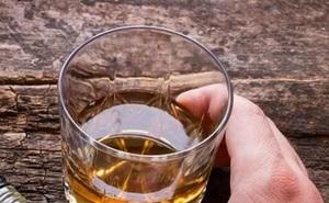 Gan oằn mình với thói quen bia rượu của người Việt: Chuyên gia chỉ cách thải độc nhanh nhất