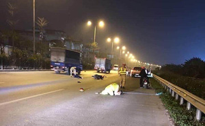 Đang làm nhiệm vụ, chiến sỹ CSGT bị thanh niên đi xe máy tông ngã khuỵu