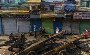 Ấn Độ áp dụng giới nghiêm, người dân thấy nỗi lo sợ lây lan nhanh hơn bệnh dịch