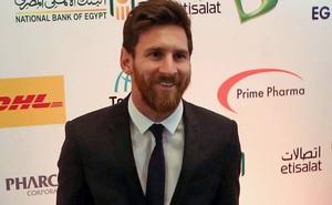 """Ủng hộ 1 triệu euro để chống dịch Covid-19, Messi còn hi sinh thêm """"tiền tấn"""" vì Barcelona"""