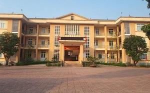 Phê bình 1 chủ tịch UBND phường ở Hà Tĩnh vì để người đang cách ly đi dự đám cưới