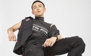 """MC Quang Bảo """"lột xác"""" khi để kiểu tóc đầu đinh, ăn vận cá tính"""