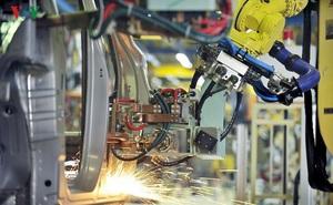 Sản xuất công nghiệp sụt giảm mạnh do ảnh hưởng của dịch Covid-19