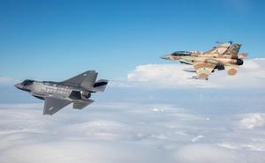 """Chiến sự Syria: Vén màn bí ẩn sau sự """"án binh bất động"""" của S-300 và lý do Nga không chặn các cuộc tấn công của Israel vào Syria?"""