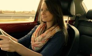 Cách tránh đạp nhầm chân ga, chân phanh khi lái ô tô