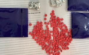 Giấu hơn 700 viên ma túy tổng hợp trong phòng ngủ